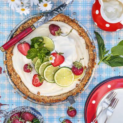 Bild på Key lime pie med jordgubbar