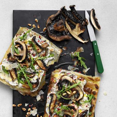 Bild på Grillad filodegspizza med portabellosvamp