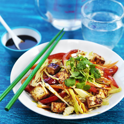 Bild på Vegetarisk wok med tofu