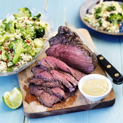 Bild på Helstekt rostbiff med couscoussallad