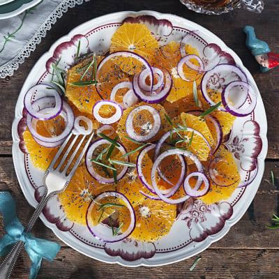 Bild på Apelsinsallad med vallmo- och honungsdressing