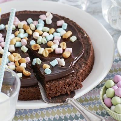 Bild på Påskkladdkaka med marshmallows