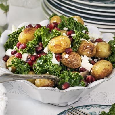 Bild på Rostad potatissallad med granatäpple och fetaost