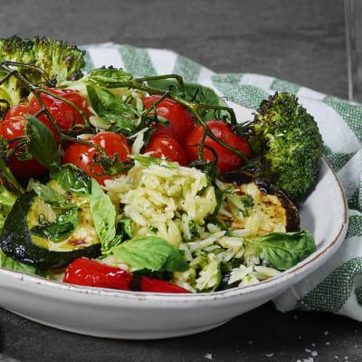 Bild på Grillade grönsaker med risoni