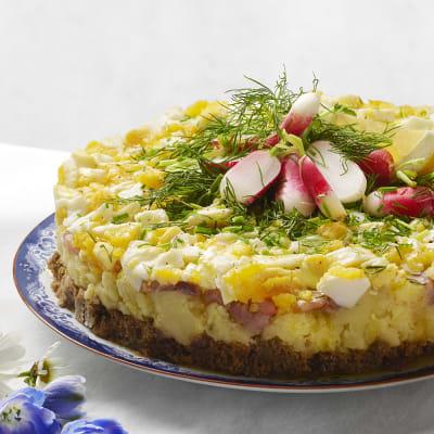 Bild på Matjessilltårta med potatis och brynt smör