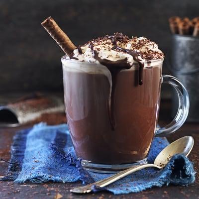 Bild på Varm choklad med likör och glass