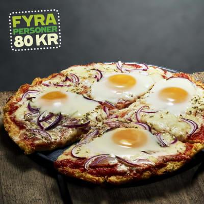 Bild på Pizza med blomkålsbotten, ägg och mozzarella