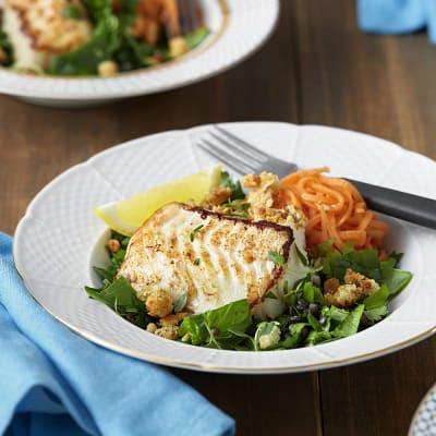 Bild på Rimmad torskrygg med linser, snabbpicklad morot och parmesansmul
