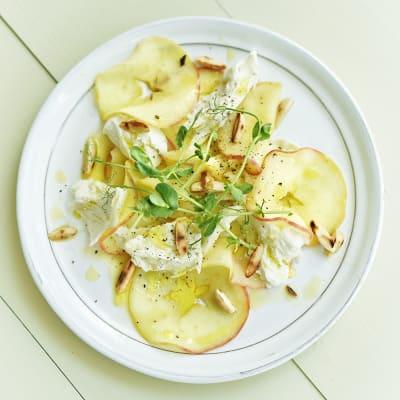 Bild på Äppel- och mozzarellacaprese