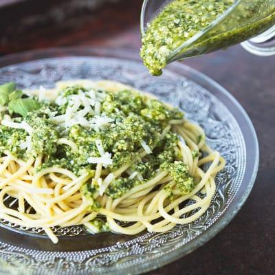 Bild på Basilikapesto med pasta