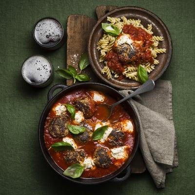 Bild på Paolos pasta med köttbullar och mozzarella