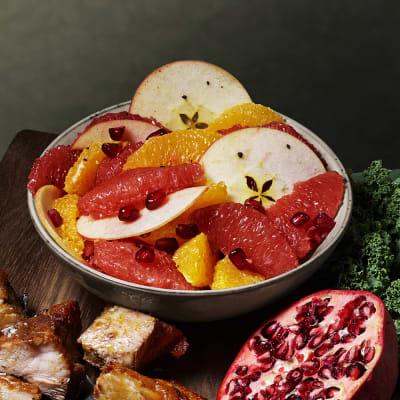 Bild på Lotta Lundgren - Äppelsallad med kryddsocker och citrus