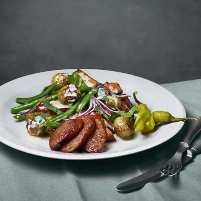 Bild på Rostad potatissallad med chorizo och senapsdressing