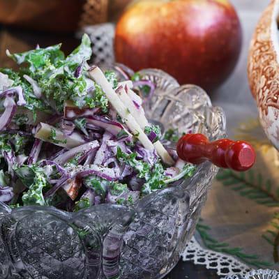 Bild på Coleslaw med grönkål och äpple