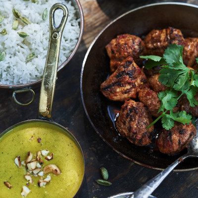 Bild på Marinerad kyckling med curry-cashewnötssås