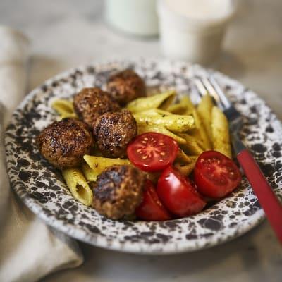 Bild på Bästa köttbullarna med pasta pesto