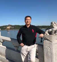 Jingxuan Li is a realtor for Baer & McIntosh, a real estate company in Northvale.