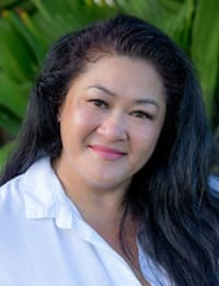 Joanna P. Anderson is a realtor for Pacific Properties, a real estate company in Kahala, Oahu.