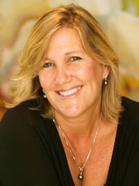 Kelly Arita is a realtor for Pacific Properties, a real estate company in Kahala, Oahu.
