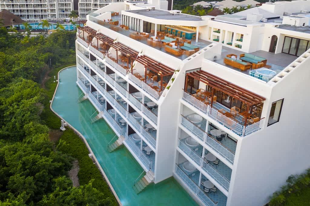 Ocean Riviera Paradise 7