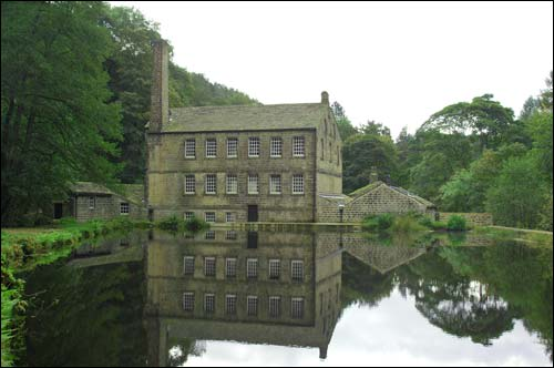 Hardcastle Crags and Gibson Mill