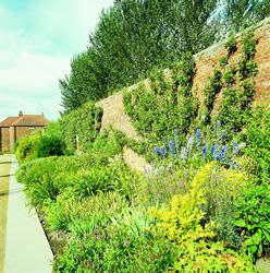 Kirkley Hall & Gardens
