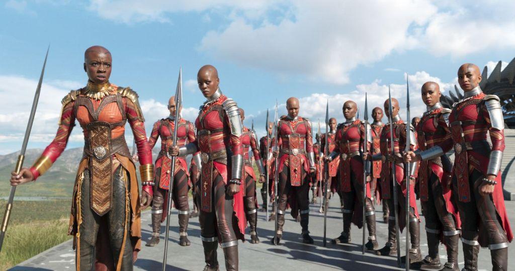 Black Panther Okoye und Kriegerinnen