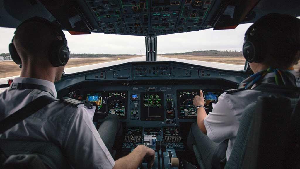 Microsoft Flight Simulator hat für kräftig Furore gesorgt. Was das Spiel so besonders macht und was die Experten daran begeistert. | Spiele.de