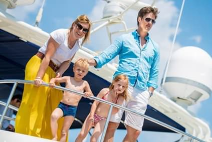 Yacht Rental for Family Gatherings