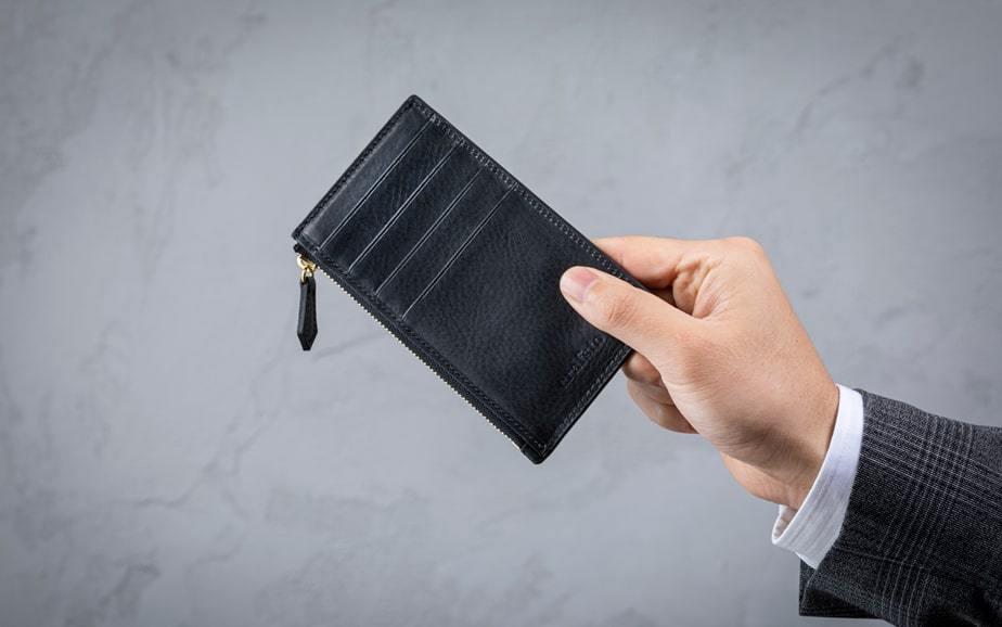 経年変化が愉しめるイタリア製シュリンクレザーで作るキャッシュレス財布