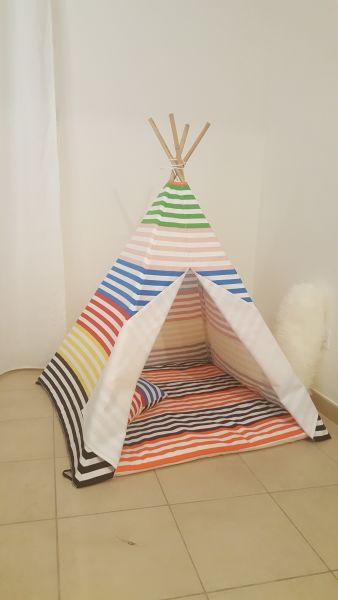 Teepee Tent - Premium Rainbow