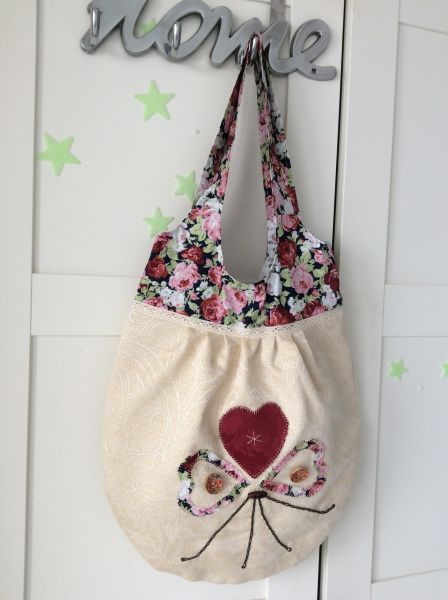 Curtain bag