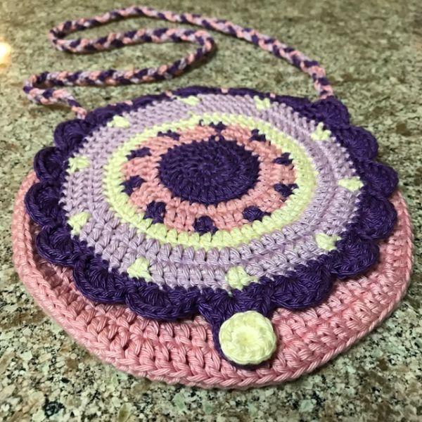 Girl's crochet bag