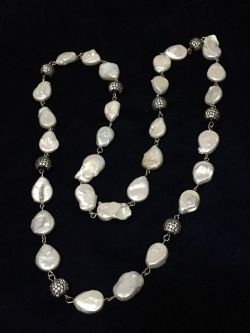 Go to Pearls long Necklace