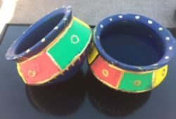 Go to Upcycled colorful twin earthern pots