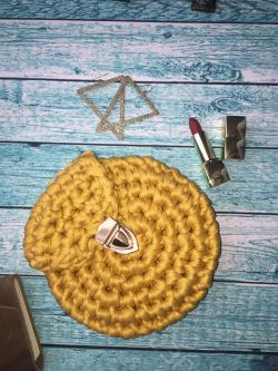 Go to Crocheted bag