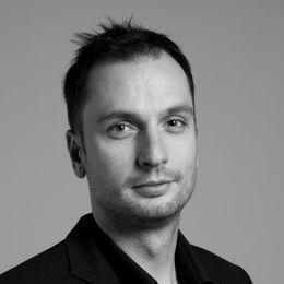 Zoltán Vadászi