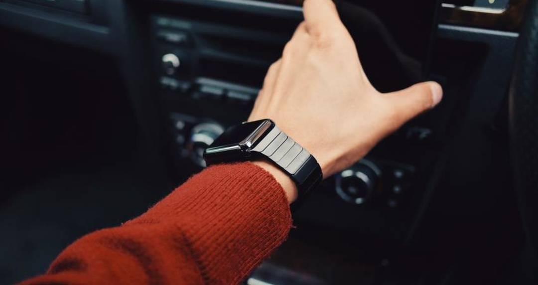 trendy smartwatches online uae