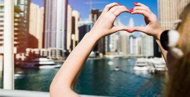 Dubai: The city of gazillion wonders from great attractions to shopping adventures