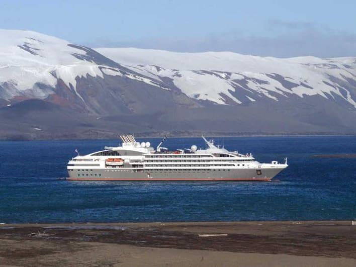arktis kreuzfahrt beste schiffsreisen angebote mit flug. Black Bedroom Furniture Sets. Home Design Ideas
