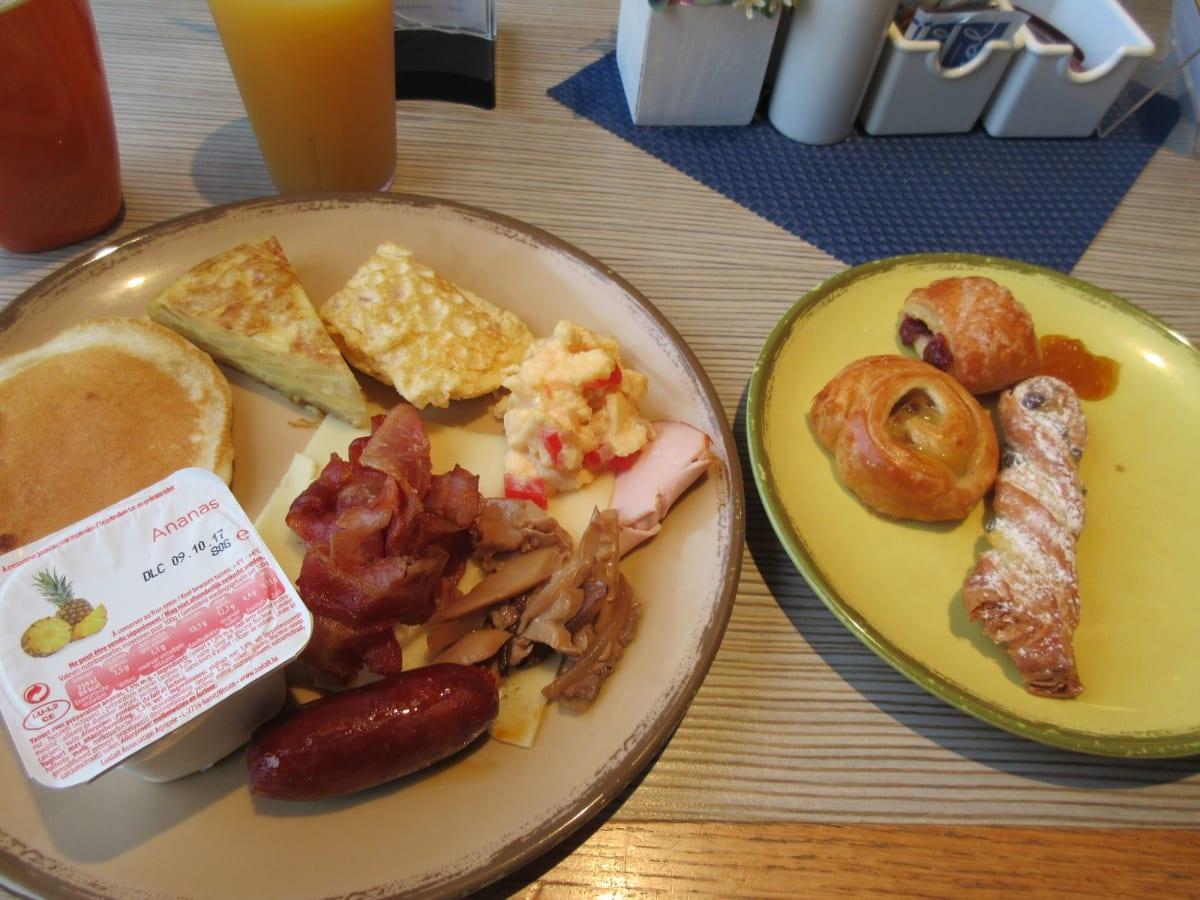 Breakfast 美味しい