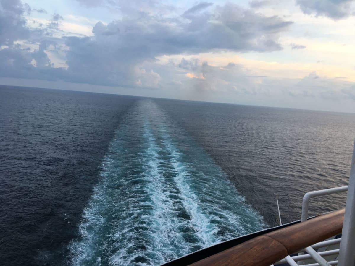 この景色は船尾のキャビンの特権です。