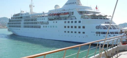 ル・ポナン視察乗船 スペインのイビーサ島に到着