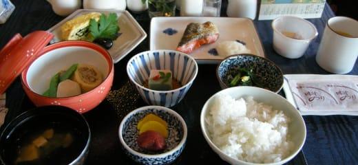 にっぽん丸の和朝食