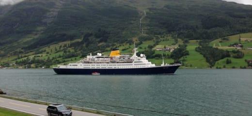 ヨーロッパ系船社への思いと考え ~ ポナン、フェニックス、サガ