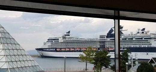 セレブリティミレニアム乗船記—北の港の楽しさ探して