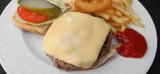 シルバークラウドの魅力 (2/3) ~ ハンバーガー、プチわがまま