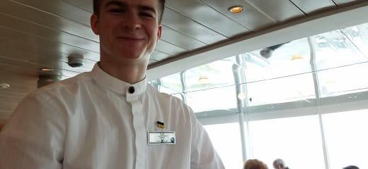 セレブリティミレニアム乗船記—美食の船は 料理もサービスも格別