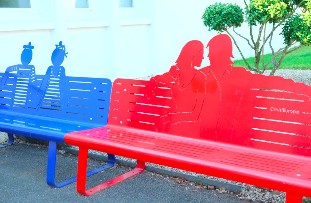 外のベンチもオシャレー!