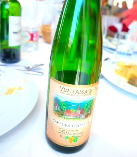 アルザスワインも合わせて提供されます